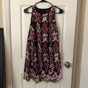 Dresses & Skirts - Tahari petite floral dress